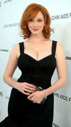 Actresses With Brown Hair, Red Haired Actresses, Brunette Actresses, Female Actresses, Christina Hendricks, Short Bob Hairstyles, Cool Hairstyles, Cristina Hendrix, Brunette Blue Eyes