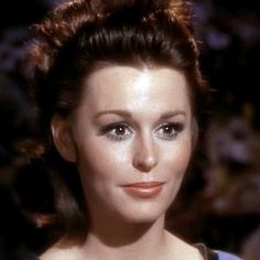 "Marianna Hill the beautiful doctor who appeared in ""Dagger of the Mind"" first season. Star Trek Original, Star Wars, Star Trek Tos, Star Trek Characters, Female Characters, Marianna Hill, James T Kirk, Mirror Universe, Canal 13"