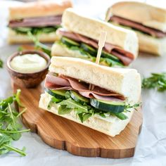 Lunch is served with these Roast Beef Sandwiches with Horseradish Mustard! | www.cookingandbeer.com