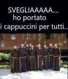Buongiorno Immagini belle per Facebook e Whatsapp - StatisticaFacile.it Italian Humor, Animal Crackers, Good Morning Good Night, Can't Stop Laughing, Anti Stress, Have Fun, Funny Pictures, Lol, Smile