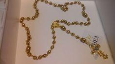 Rosario  terço em pérolas douradas, ótimo para noivas