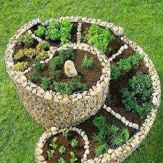 Gemüse und Kräuterhochbeet selber bauen