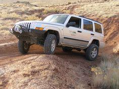 suprayota's 2006 Jeep Commander