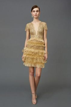 Golden Cocktail Dress with a Plunging V Neckline - Marchesa Pre-Fall 2016 Collection Photos - Vogue Fall Fashion 2016, Runway Fashion, Fashion News, Fashion Show, Fashion Outfits, Women's Fashion, Armani Prive, Marchesa Fashion, Marchesa 2016