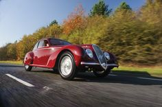 1939 Alfa Romeo 6C 2500 Sport by Touring (€1,900,000 - 2,400,000) (Photo: Tom Wood/RM Auct...