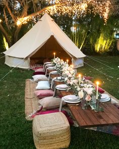 Aloha Bell Tent Like the rug and pillows. Backyard Birthday, Backyard Picnic, Tent Wedding, Wedding Rentals, Bell Tent Glamping, Picnic Decorations, Outdoor Movie Nights, Diy Tent, Kids Tents