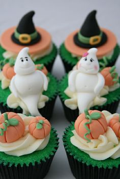 Halloween Samples - deluxe box by The Clever Little Cupcake Company (Amanda), via Flickr