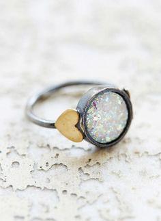 druzy sweetheart ring  http://rstyle.me/n/vkqa9pdpe