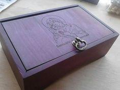 Detalles especiales... Pequeño cofre en nazareno con grabado laser en tapa