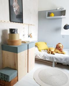 5 Ivar IKEA Cabinet Hacks to Try This Weekend: Easy paint DIY The Ivar IKEA cabinet may just be the most versatile furniture piece you can buy. Ivar Ikea Hack, Trofast Ikea, Ikea Hacks, Hacks Diy, Ikea Kids, Diy Furniture Ikea, Furniture Dolly, Furniture Outlet, Furniture Stores
