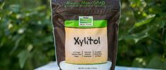 """Commodity Xylitol is corn and sugar cane bagasse and other agricultural crops for further processing and is made, is a natural, healthy sweetener, for people's body, xylitol is not a """"foreign goods"""" It is an intermediate of normal human metabolism."""