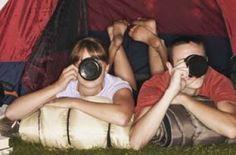 Sognate una vacanza in campeggio ma siete sprovvisti di camper o roulotte? Nessun problema: ormai si può partire per una vacanza all'avventura senza rinunciare a qualche piccola comodità. Ecco le attrezzature e gli accessori indispensabili per partire preparati.