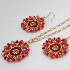 First jewelry set! Beautiful sparkle in crystal rondelles! Diy Jewelry, Jewelry Sets, Beaded Jewelry, Jewelery, Jewelry Accessories, Jewelry Making, Bead Sewing, Bracelet Crafts, Jewelry Patterns