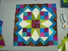 Tales from Park Drive: Snow Day, Sew Day - Celtic Solstice Clue 4 love this suggestion of how the units might make a wonderful block