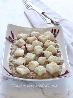 Merluzzo con crema di cipolle di Tropea (secondo piatto) #merluzzo #cipollediatropea #secondopiatto #secondidipesce