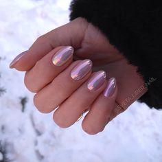 There are many options for nail style, but have you tried chrome nails? Chrome nails are a type of nail that has become popular in recent years, and it will only become more and more popular. Cute Acrylic Nails, Cute Nails, Pretty Nails, Hair And Nails, My Nails, Dream Nails, Chrome Nails, Types Of Nails, Nagel Gel