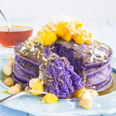 Breakfast Taro Pancakes- I've been craving the idea of a taro pancake that is light and fluffy and I came up with this adaptation of various recipes. I think these came out quite well and they taste even better with coconut syrup. Beignets, Taro Recipes, Recipies, Crepes, Coconut Syrup, Pancakes And Waffles, Pancakes Easy, Yummy Food, Tasty