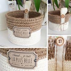 je suis la plus belle - Aline Cerise - Crochet - Couture Crochet Box, Crochet Basket Pattern, Crochet Patterns, Yarn Crafts, Diy And Crafts, Crochet Afgans, Crochet Home Decor, Basket Decoration, Basket Weaving