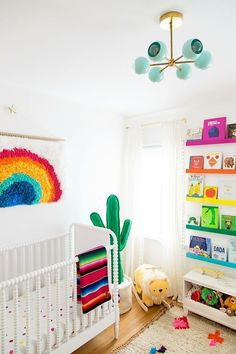 Studio DIY's Rainbow Nursery Spectacular Projekt Kindergarten – Studio DIY Regenbogen Kindergarten Related posts: No related posts. Bright Nursery, Nursery Neutral, Coral Nursery, Nursery Themes, Nursery Room, Nursery Ideas, Rainbow Bedroom, Rainbow Nursery Decor, Rainbow Room Kids