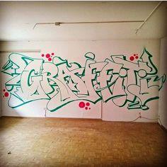 Graffiti Books, Love Graffiti, Graffiti Pictures, Graffiti Writing, Graffiti Designs, Graffiti Wall Art, Graffiti Alphabet, Street Art Graffiti, Graffiti Artists