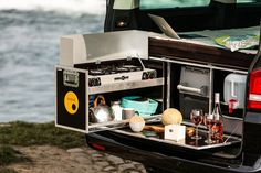 G-Box turns the Mercedes G-Wagen into a self-contained off-road camper Kombi Motorhome, Suv Camper, Mini Camper, Off Road Camper, Campervan, Mini Motorhome, Vw T5, Volkswagen, Toyota Previa