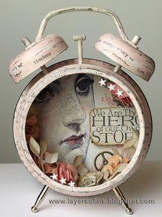 Capas de tinta - Reloj elegante lamentable Assemblage