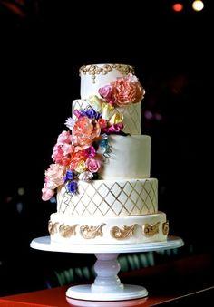 Glam Wedding Cakes Wedding Cakes Photos on WeddingWire