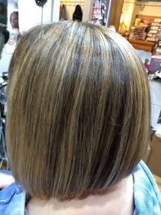 Chunky blonde highlight. HawaiiNailsFamily.com