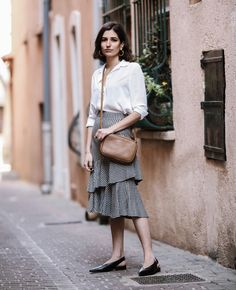 Now on www.ariadibari.com talking about blogger trends and about this lovely gingham ruffle skirt from Mango | By Aria Di Bari, French style blogger