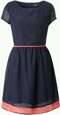 Navy and coral dress...might be pretty with the coral since it's in spring now instead of fall!