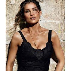 Laeticia Casta égérie parfum Dolce & Gabbana Sicile par Mario Testino