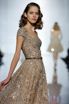 Inspired fashion for the 2015 Beautiful Gowns, Beautiful Outfits, Couture Fashion, Runway Fashion, Summer 2015, Spring Summer, Spring 2015, Fancy Gowns, Gala Dresses