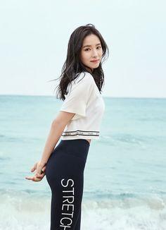 '신세경 데님레깅스'오늘 오전 10시부터 단 하루 최대 30% 파격 특가 할인 - 바람개비-구멍가게 Korean Beauty, Asian Beauty, Korean Celebrities, Celebs, Shin Se Kyung, Star Actress, Vietnam Girl, Korean Model, Korean Actresses