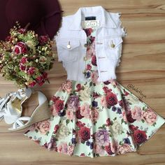 Image shared by Find images and videos about fashion, outfits and ​vestidos on We Heart It - the app to get lost in what you love. Komplette Outfits, Teen Fashion Outfits, Cute Casual Outfits, Cute Summer Outfits, Cute Fashion, Outfits For Teens, Pretty Outfits, Pretty Dresses, Stylish Outfits