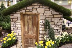 A Tiny Cottage from Chicago Flower and Garden Show
