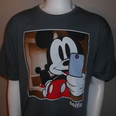 Mickey Mouse Selfie T-Shirt XXL Double Extra Large Disney Cell Phone Photo #Disney #MickeyMouse
