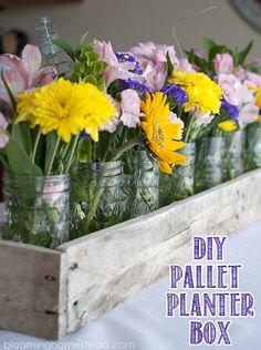 DIY Pallet Planter Box. This makes the most beautiful centerpiece | floral | wedding | centerpiece | diy