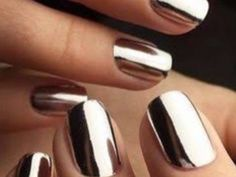 People have lost their minds over this mirror nail polish
