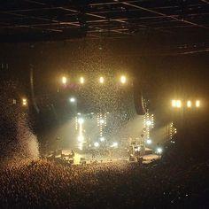 A memory of a  lifetime, Kings of Leon concert! 🎉 #smilemedia #nofilter #memoryofalifetime #kingsofleon #kol #kolconcert #kingsofleonlive #kingsofleonconcert #kingsofleonliverpool #live #concert #amazing #experience #show #music #legends #lights #gold #travel #traveling #travelgram #tripadvisor #instatravel #albertdock #liverpool #uk #anglia #england by instavirag. england #tripadvisor #legends #traveling #show #amazing #kolconcert #uk #kingsofleonconcert #nofilter #travelgram #travel…