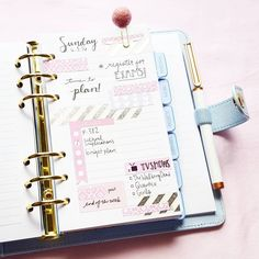 Using the leftovers from @theorganizingcompanion's February monthly kit in my daily page!  by createdbykiki