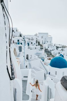 SANTORINI GET.LOST#greecediaries#whitebeauty#caciqueboutique