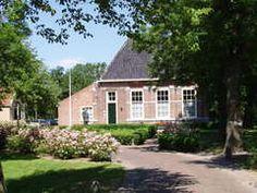 Hofboerderij in de zomer. Gelegen in het Hofpark in Wateringen #westland #boerderij