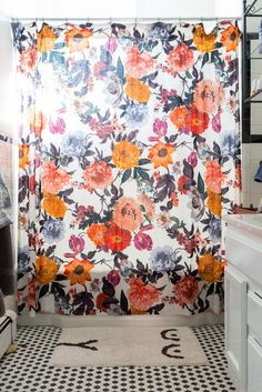 floral shower curtain. A Balance Of Minimalism \u0026 Collectors\u0027 Tendencies In Portland. Bathroom LayoutBathroom InspoBathroom IdeasFloral Shower CurtainsVintage Floral Curtain