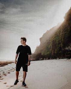 "Martin Garrix on Instagram: ""Goodbye Bali! had an amazing time here. Shanghai up next! """