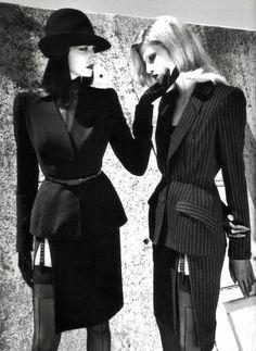 Photography Helmut Newton,design Thierry Mugler,1998  www.fashion.net