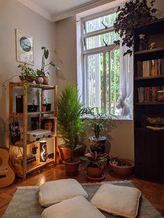 Indie Room Decor, Living Room Decor, Living Spaces, Livng Room, Meditation Corner, Living Room Inspiration, Cozy House, Munich, Crib