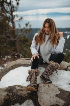 We made a classic winter lace-up even better! The McKinley boots have a Waterproof construction and feature HiberTech Technology for extra warmth this season 💫 Shop: bearpaw.com/ #LiveLifeComfortably #BearpawStyle