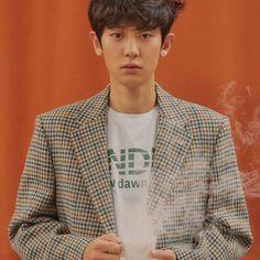 171217 EXO's 'Cafe Universe' Winter Album: Baekhyun and Chanyeol's Teaser Chanyeol Baekhyun, Exo K, Kai, Exo 2017, Exo Album, Exo Official, Xiuchen, Exo Members, Chanbaek