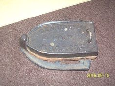 Antique, Primitive Estate Find, Sensible N0. 3? N.R.S & Co. Cast Iron, Iron on