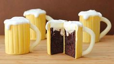 Beer Mug Cupcakes These are so adorable. A bit of a process to make but not hard- just time consuming but worth it for a special occasion.